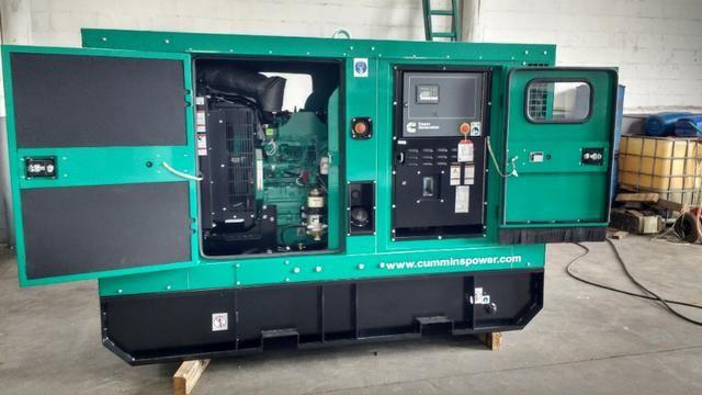 Novo - Gerador à Diesel Trifásico 116 KVA Cummins - C90D6 - 116kva - Foto 3