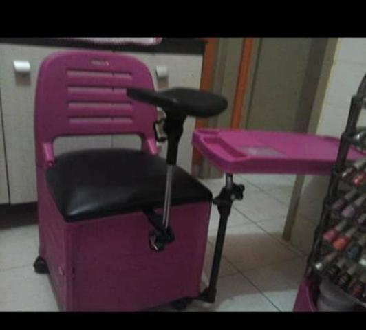 Cadeira de manicure e suporte de esmalte profissional - Foto 2