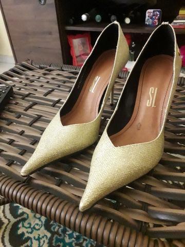 Vestido de Noiva, Sapatos e Acessórios - Foto 4