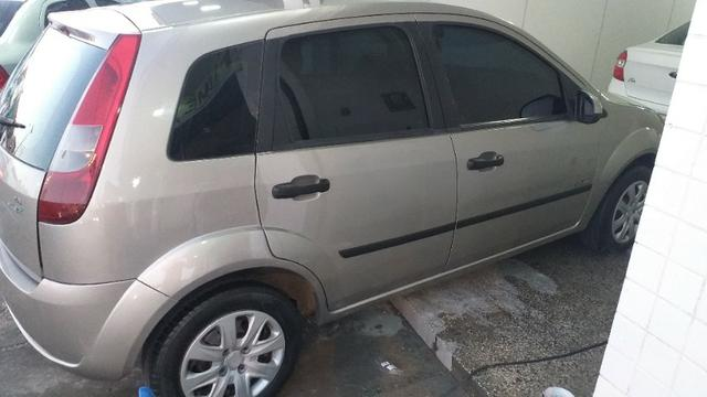 Fiesta hatch 2006 motor 1.6 Flex super novo - Foto 16