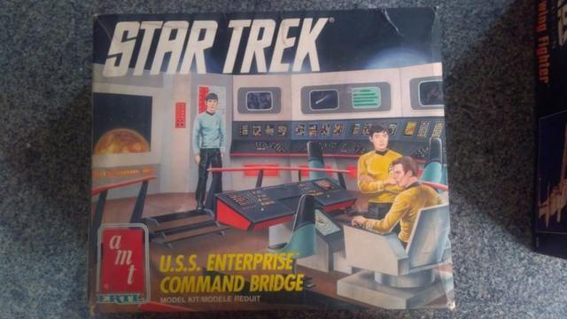 Star Trek Amt Ertl U.s.s. Enterprise Command Bridge Model