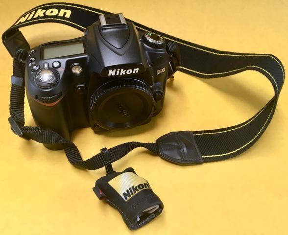 Nikon D90 - Foto 2