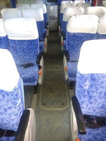Onibus volvo LD busscar 2001/2002 j bu 400r 396 cv 44 lugares 2002 - Foto 8