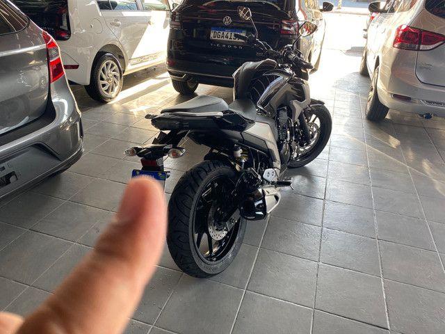 Yamaha FZ 25 Fazer Ano 20/ 20 Preta Flex - Foto 6