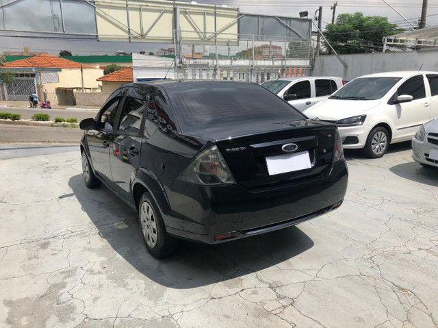 Lindo Ford Fiesta Sedan 1.6 Flex Extremamente Novo - Foto 6