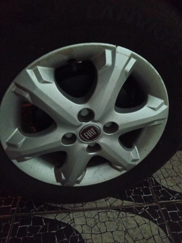 "Trocas rodas originais Fiat palio trekking aro 14"" - Foto 4"