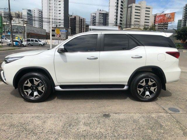 Toyota Hilux SW4 Diamond 2020 2.8 diesel  - Foto 4