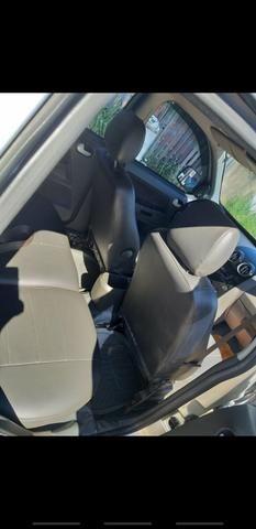 Vende se carro bem conservado - Foto 2