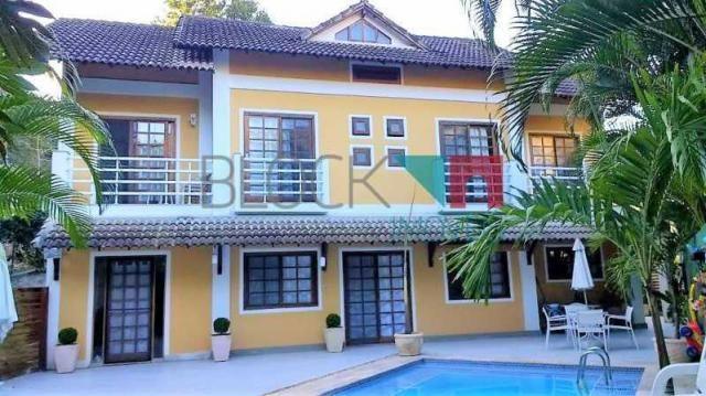 Casa de condomínio para alugar com 5 dormitórios cod:RCCN50101