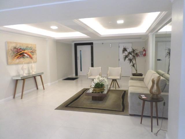Apartamento com 02 dormitórios em Meia Praia/SC - Foto 2