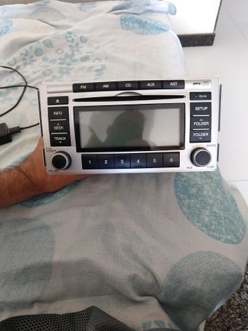 Vendo aparelho de som original do santa fe - Foto 2