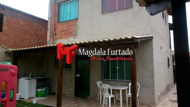 4037 - Casa com área gourmet, 4 quartos para sua moradia em Unamar