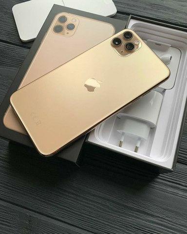 Oferta!!! / iPhone 11 Pro Max dourado de 256 gb Seminovo #