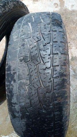Vendo 2 pneus roda 16 era da S10 - Foto 4