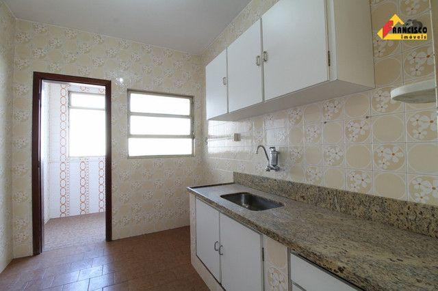 Apartamento para aluguel, 3 quartos, 1 suíte, 1 vaga, Santa Clara - Divinópolis/MG - Foto 4
