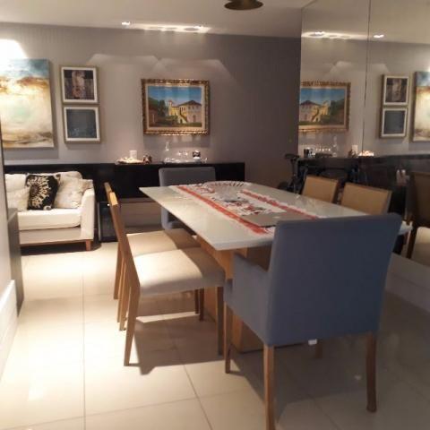 Apartamento Luxuoso 128m² com 3 suítes/3 vagas Meireles - Foto 2
