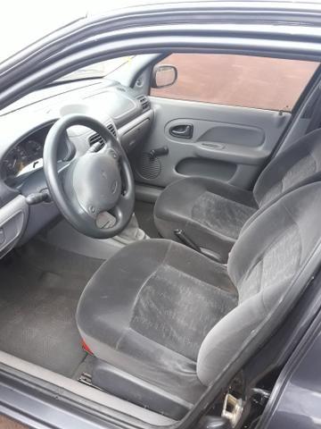 Clio Hatch em excelente estado - Foto 4