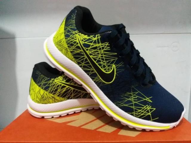 1b880c26bb0 Tênis Nike Lançamento Blue - Roupas e calçados - Centro
