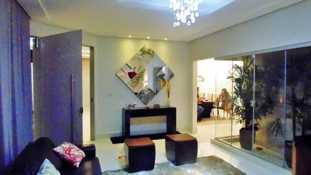 Magnífico sobrado moderno de alto padrão, 4 suítes, completo em armário e salão gourmet - Foto 4
