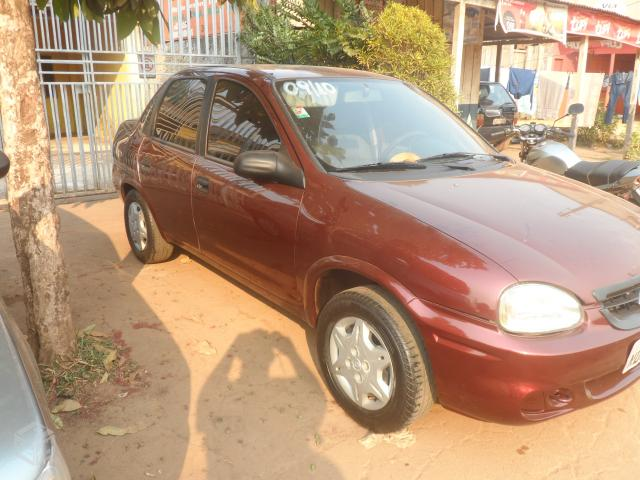 Gm - Chevrolet Classic 2010 completo - 2010 - R$17.500