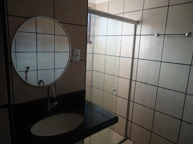 Aluguel de casa(sobrado).av. prof. olavo montenegro, capim macio - Foto 8