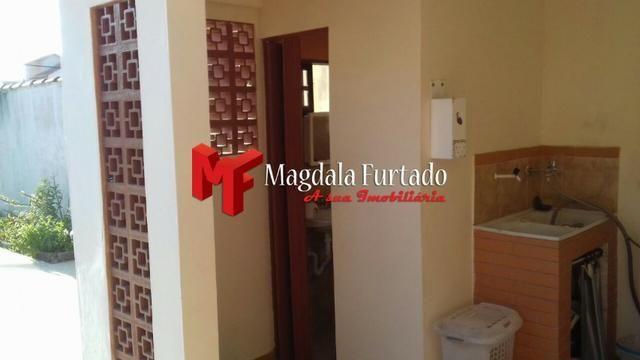 4036 - Casa área externa gramada, 4 quartos para sua moradia em Unamar - Foto 6