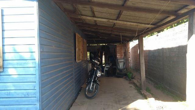 Vendo casa em Butiá, a uma quadra da BR 290