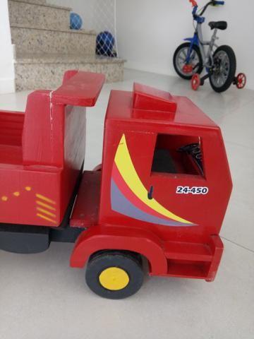 Caminhão de madeira - retirar no centro de Curitiba - Foto 3