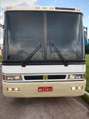 Ônibus rodoviário com ar condicionado - Foto 2