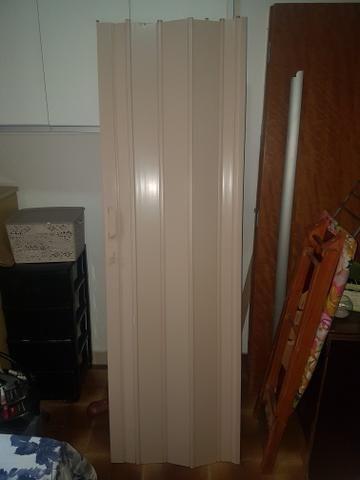 Porta sanfonada pvc/ Somente a porta
