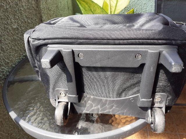 Vendo mochila Stradda com rodinhas, para notebook também. Seminova - usei apenas 2 vezes - Foto 5