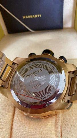 Relógio Invicta Speedway Tritnite Fundo Azul a prova d'água - Foto 4