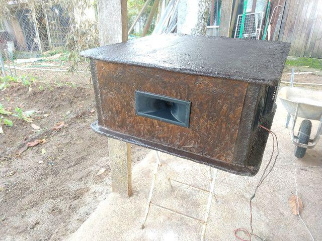 Vendo ou troco caixa de som(aceito oferta) - Foto 2
