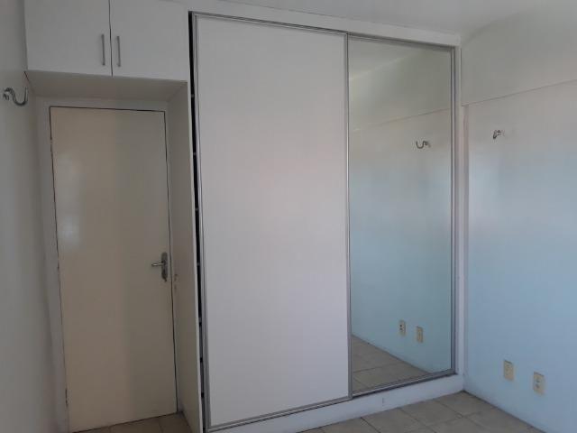 Apartamento para aluguel com 81 metros quadrados e 2 quartos em Carlito Pamplona - Fortale - Foto 7
