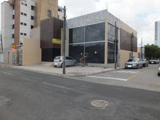 Aluga Prédio Comercial, Centro, excelente corredor de atividade. Próx. Laboratório Unimed,