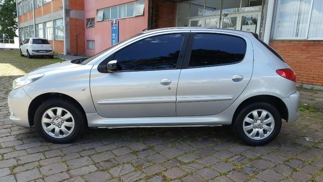 Peugeot 207 1.4 XR Sport - Completo - Foto 3