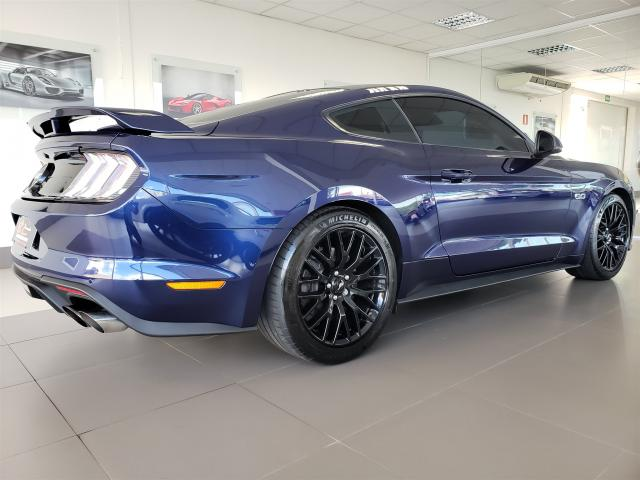 FORD MUSTANG 2017/2018 5.0 V8 TIVCT GASOLINA GT PREMIUM SELECTSHIFT - Foto 4
