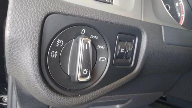 VW - Golf 1.6 Confortline MSI Manual - 2016 - Foto 11
