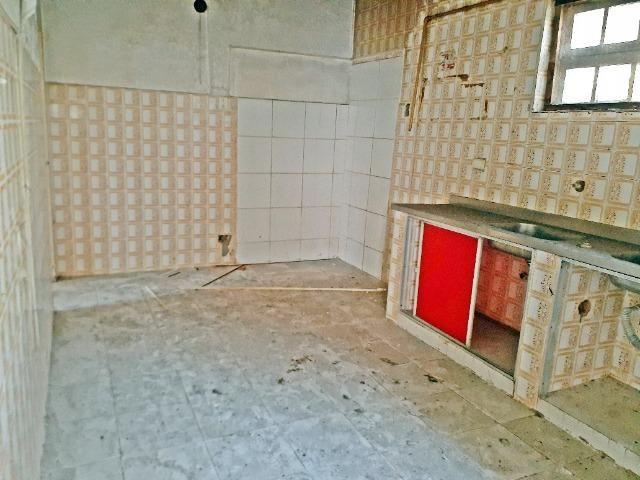 [ A835 ]Casa com 2 Pavimentos. No Espinheiro !! - Foto 19