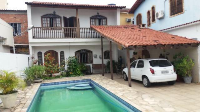 Linda casa com 3 quartos e amplo quintal com piscina em Guadalupe