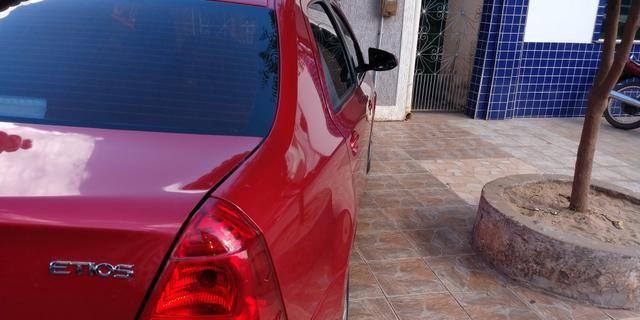 Vendo Toyota Etios sedã ótimo estado de conservação - Foto 5