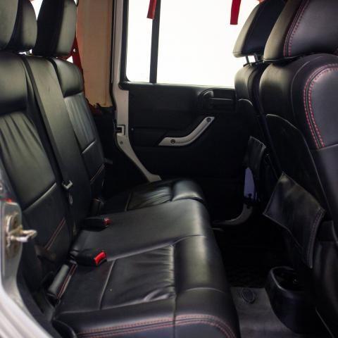 JEEP WRANGLER 2011/2011 3.8 UNLIMITED SAHARA 4X4 V6 12V GASOLINA 4P AUTOMÁTICO - Foto 8