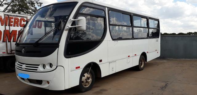 Ônibus vw 8.150 Caio Piccolo