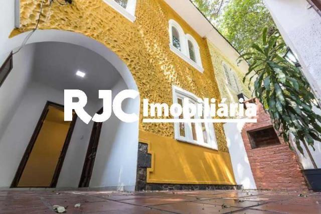 Casa à venda com 3 dormitórios em Tijuca, Rio de janeiro cod:MBCA30183