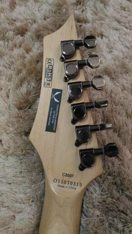 Guitarra Dean com ponte Floyd Rose