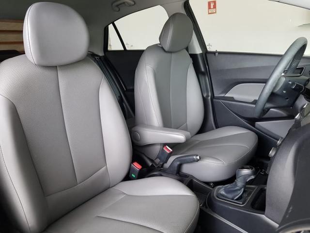 Hyundai HB20S Premium 1.6 Flex 16V Aut - Foto 16