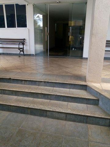 Apartamento 3 quartos, 2 garagens, no porcelanato, próx ao Goiânia Shopping - Foto 14
