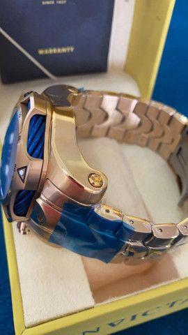 Relógio Invicta Venom Dourado com Azul a prova d'água Completo - Foto 5
