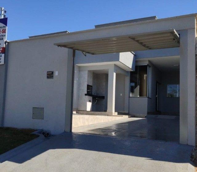 Casa nova 03 Quartos com Piscina  na Vila Pedroso em Goiânia