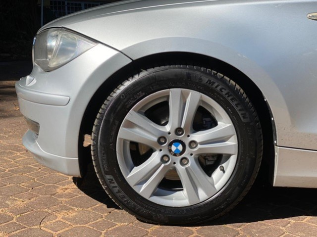 BMW 120IA 2.0 2010 - Foto 7
